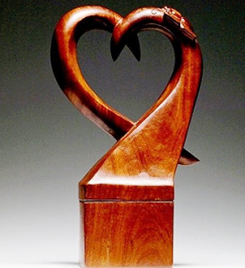 Urn heart shape