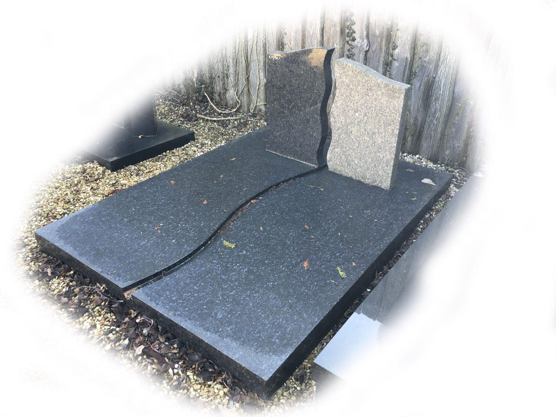 Grafsteen Butterfly Blue graniet 98
