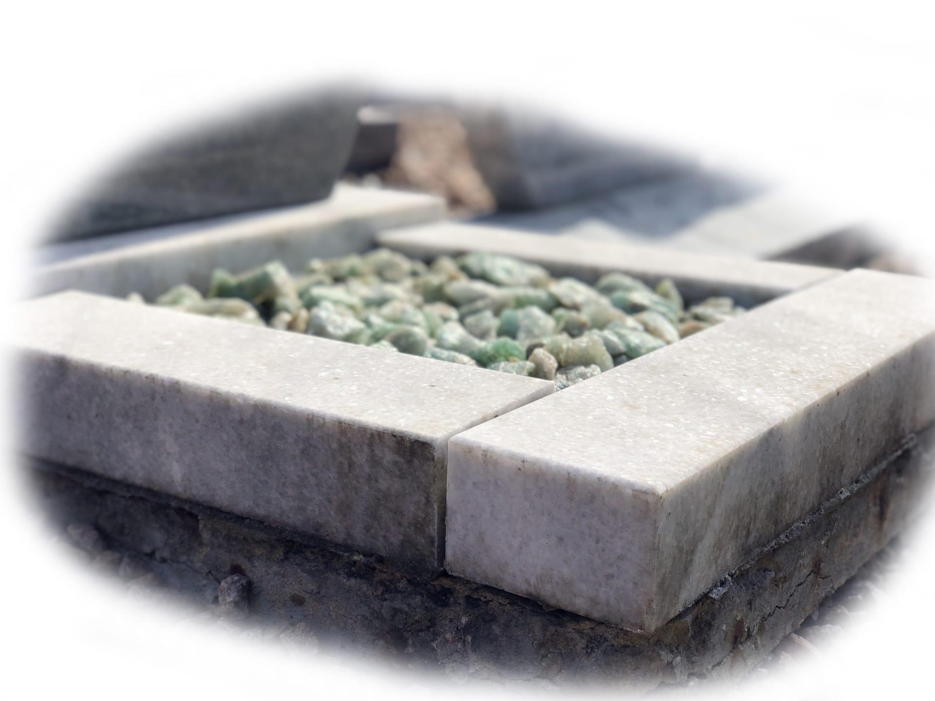 Grafsteen Daluja Grey graniet 55