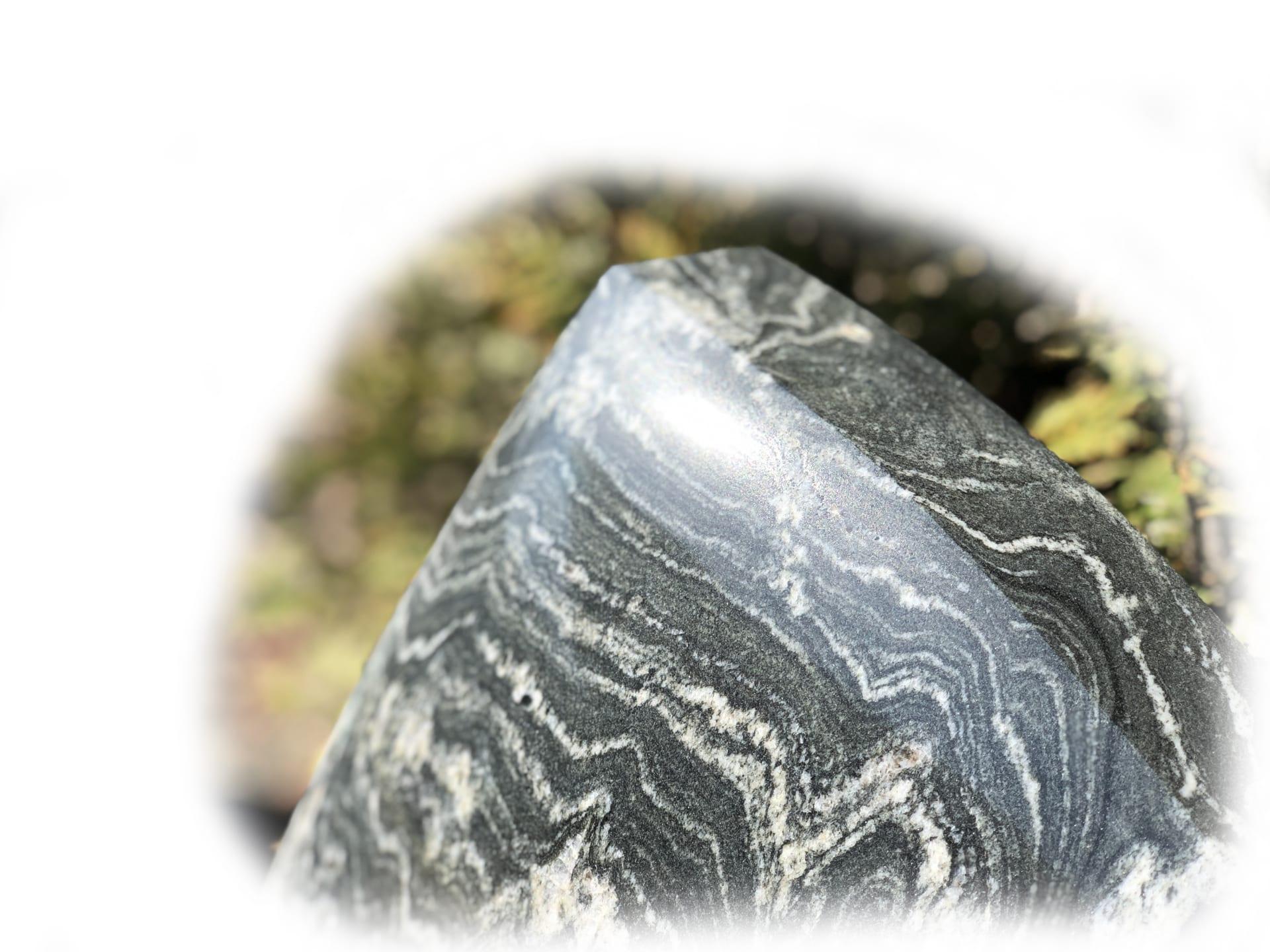 Grafsteen Cosmo 14