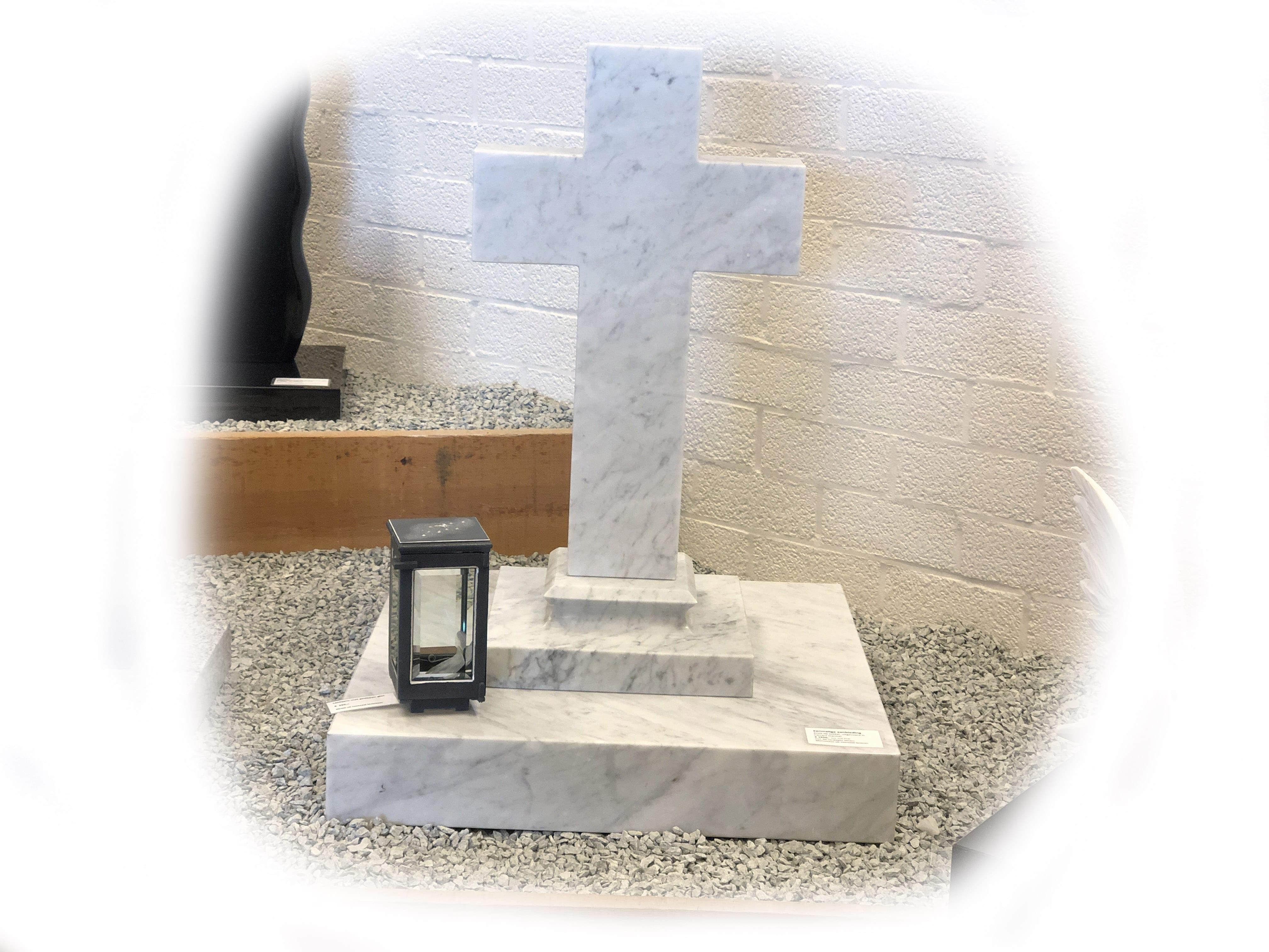 Grafsteen Carrara Marmer 33