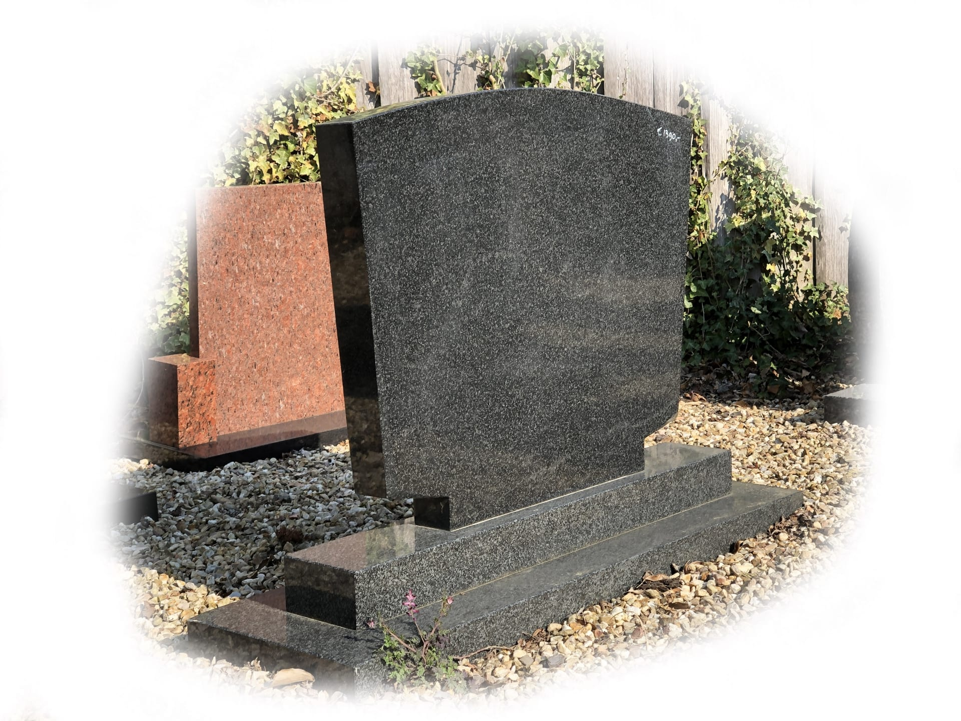 Grafsteen Busgowetz Graniet 85