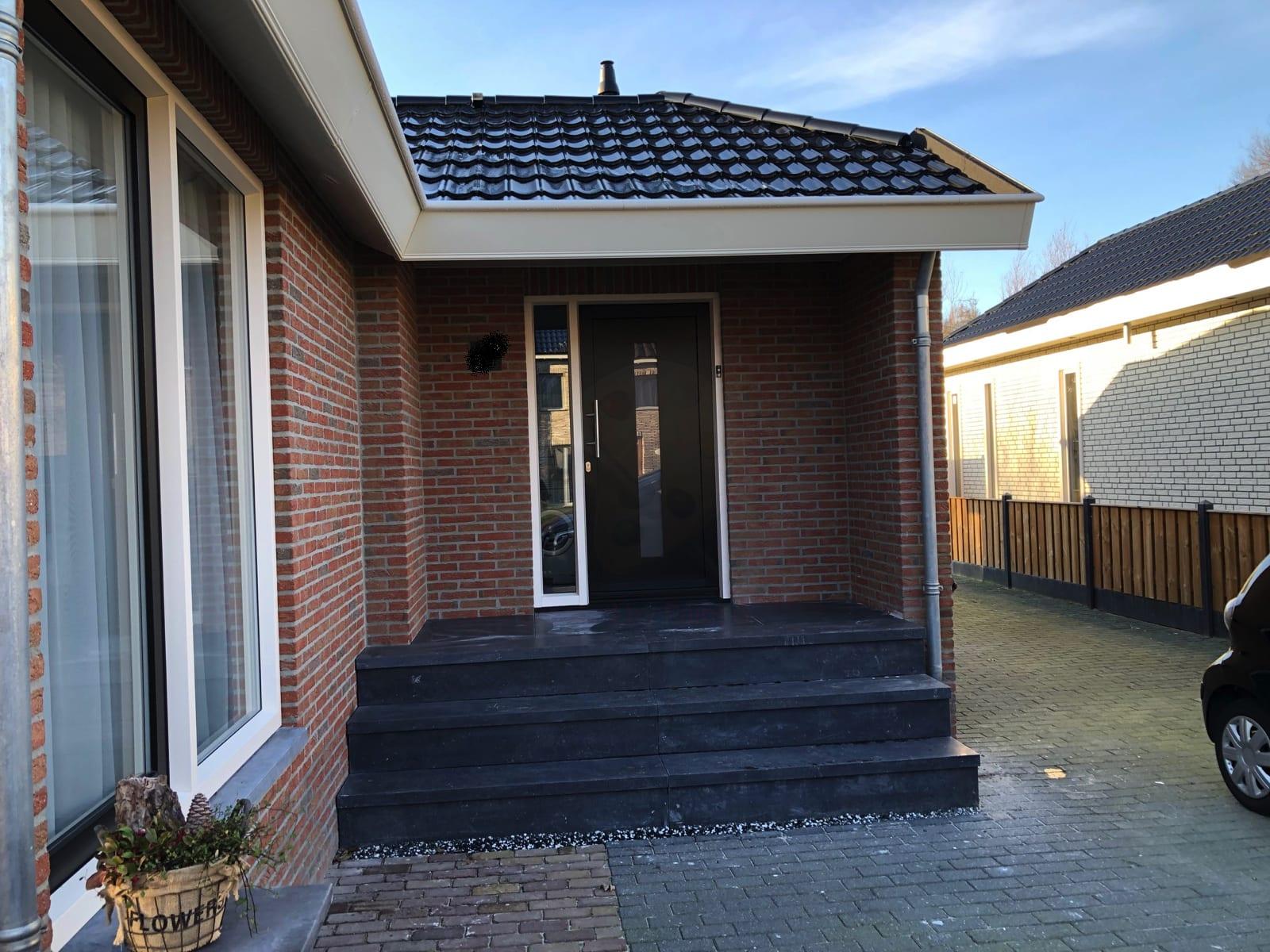 LEEUWARDEN – Trap van Belgisch Hardsteen